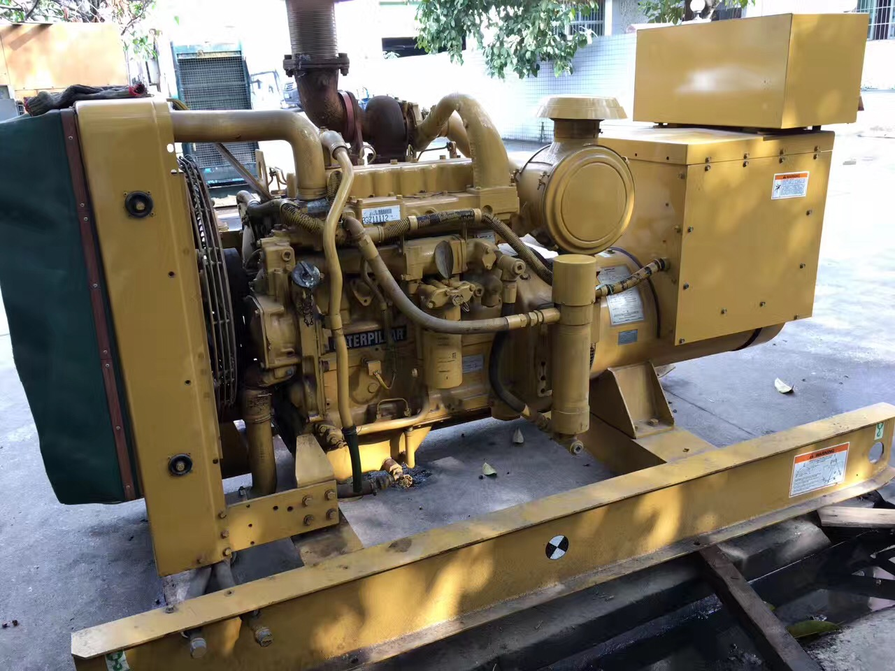 Prime 100kw 125kva used Caterpillar diesel generator